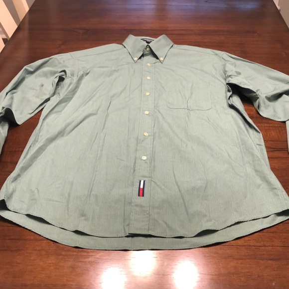 ⚡️3/$30⚡️Tommy Hilfiger Men's collared shirt
